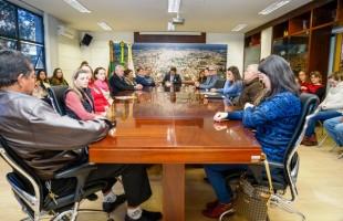 Prefeito Daniel Guerra empossa nova gestão do Conselho Municipal do Idoso