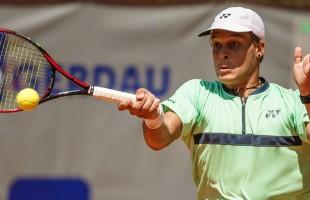 Gilbert Klier arrasa e vai à semi em College Park, nos Estados Unidos, preparatório para o US Open