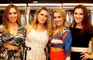 Empresárias da Namur Boutique promovem atividade Chá com Moda: faça florescer nesse Outubro Rosa
