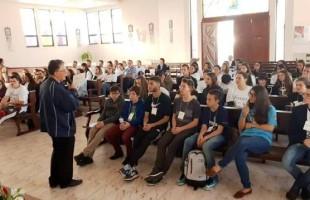 JTchêJ reúne 350 jovens para celebrar a unidade juvenil