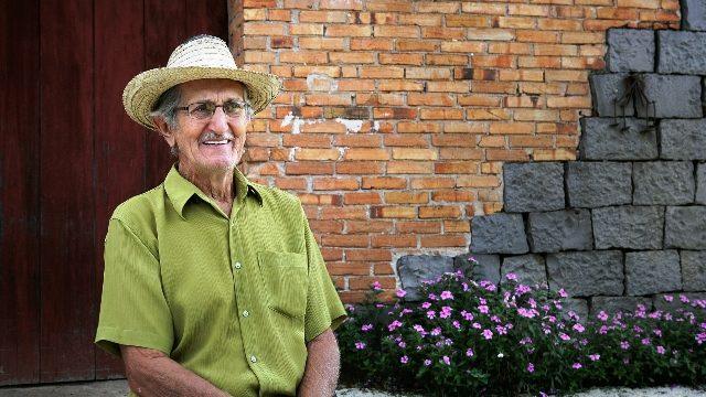 José Tonello, de Nova Pádua, é um dos 94 entrevistados