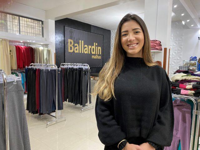 Adriele destaca que mesmo com aumento no custo da matéria-prima a projeção de vendas para o inverno foi superada com folga     Crédito: Liliane Lazzarotto