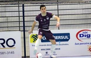 Futsal | Capitão Bruno Reis renova contrato com o BGF