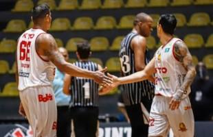 Festejada | KTO/Caxias do Sul Basquete vence o Corinthians.
