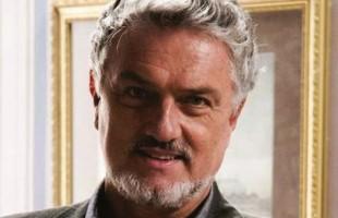 O ator e diretor Werner Schünemann ministra Cursos Intensivos de Atuação em Cinema e TV na Casa de Teatro de Porto Alegre