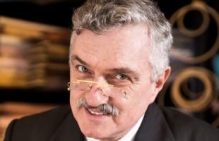 Cursos de Atuação para Cinema e TV com Werner Schünemann abrem novas turmas na Casa de Teatro de Porto Alegre