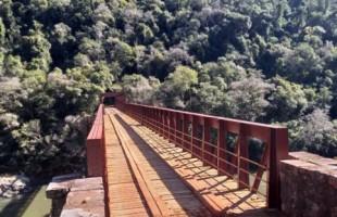 Prefeitura conclui obras de restauração da ponte dos Korff