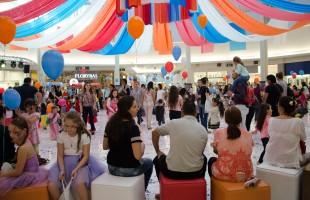 Tem Bailinho de Carnaval para os pequenos no Iguatemi Caxias!