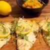 Truta ao forno com ervas frescas e limão-siciliano