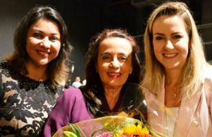 Concerto em homenagem às mulheres reúne 350 pessoas na Casa da Cultura