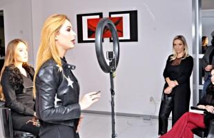 Drops de Menta Realizou Workshop Com a Maquiadora Vanessa Carra