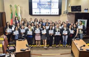 Banco do Vestuário promove formatura dos cursos de Corte e Costura e de Modelagem Básica