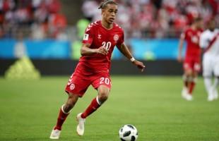 Dinamarca vence o Peru de Guerrero e Cueva
