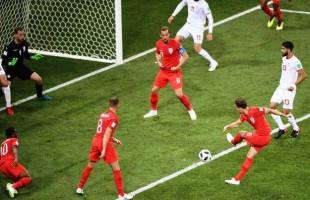 Inglaterra vence nos acréscimos a Tunísia