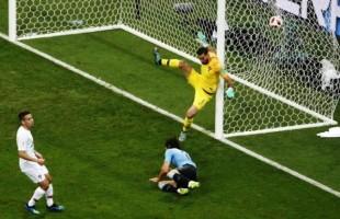 Uruguai vence Portugal e está na próxima fase