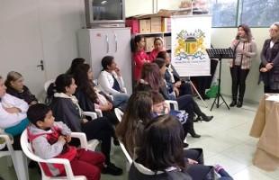 Prefeitura promove formatura da primeira turma do projeto Mulheres em Ação