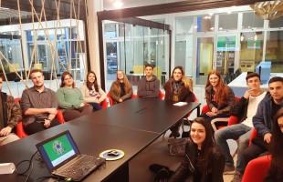 Programa Jovens Líderes viabiliza experiência internacional em diplomacia cidadã a estudantes de ensino médio