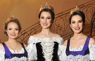 Rainha e Princesas da Festa Nacional da Uva 2019 apresentam trajes oficiais