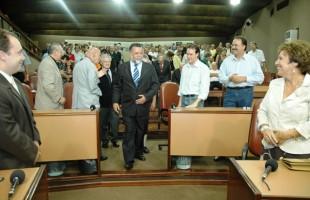 Legislativo lamenta a morte de Luiz Carlos de Lucena