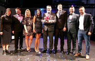 Metadados recebe prêmio de Melhor Empresa para Trabalhar na área de Tecnologia da Informação