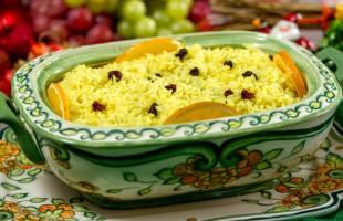 Na culinária, Arroz com laranja e uvas passas