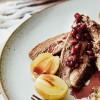 Na culinária, Paleta de cabrito com molho de romã e batata assada