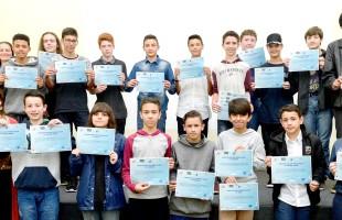Município certifica estudantes medalhistas em olimpíadas de matemática e astronomia