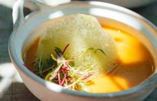 Na culinária, Sopa fria de abóbora e manga