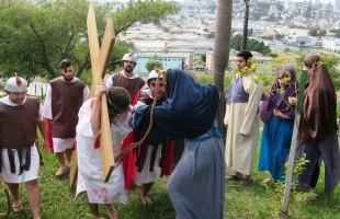 Via Sacra da Juventude deve reunir mais de 1000 pessoas nesta Sexta-Feira Santa