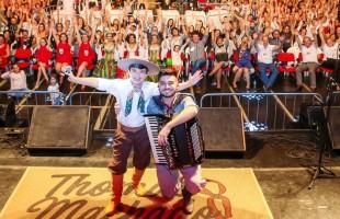 Final do Femaçã Kids emociona milhares de pessoas em Veranópolis