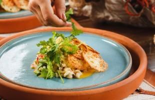 Na culinária, Baião de dois sirizado