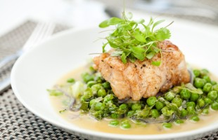 Na culinária, Pescada com ervilhas na manteiga