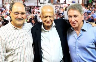 MDB homenageia Pedro Simon por 60 anos de vida pública