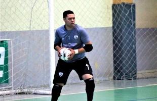 Dani, goleiro menos vazado da Copa RS, renova contrato com o BGF