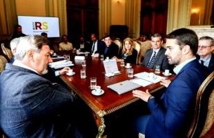 Ricardo Daneluz acompanha encontro com o governador sobre o futuro Aeroporto de Vila Oliva