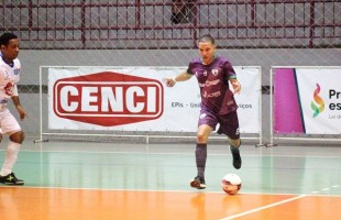 Futsal | Ala Jonatha renova contrato com o BGF