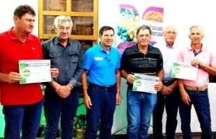 Produtores de Uva Protegida recebem selo de qualidade