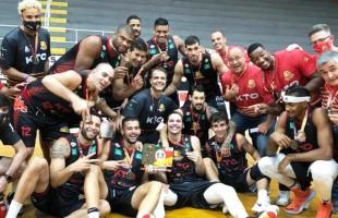 É, Campeão | Em jogo emocionante, a KTO/Caxias do Sul Basquete é campeã gaúcha de basquete.