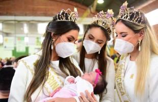 Rainha e princesas da Festa da Uva 2022 participam de almoço festivo em Vila Oliva
