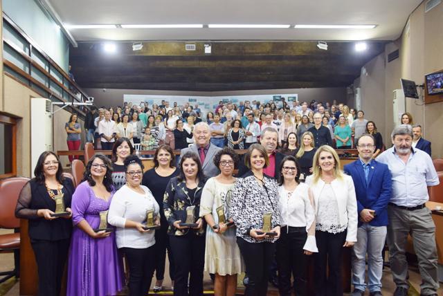 2018-05-10 - Sessão Solene Mulher Cidadã - Felipe Padilha (126)