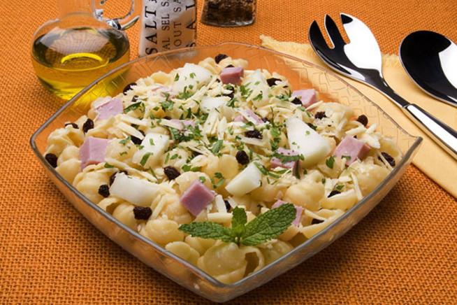 Salada-de-Nhoque-com-Melão-e-Presunto