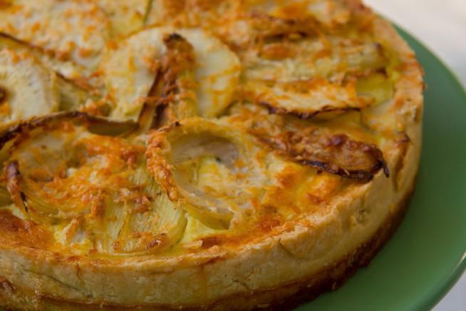 Torta-de-alcachofra-com-erva-doce-e-queijo-da-Canastra