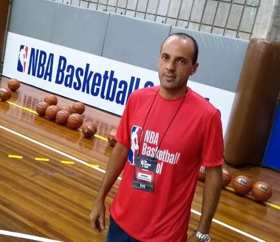 RODRIGO BARBOSA PRESENTE NO CURSO DA NBA SCHOOL EM SP (3)