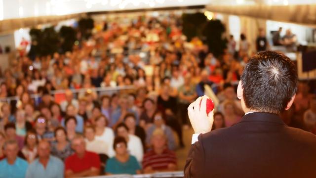 Dr. Emilio Moriguchi palestrou para uma plateia lotada. Créditos: Ivane Costella Bissani, divulgação