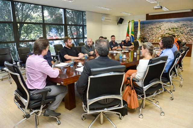 Reunião Decreto de Emergência - Foto Mateus Argenta