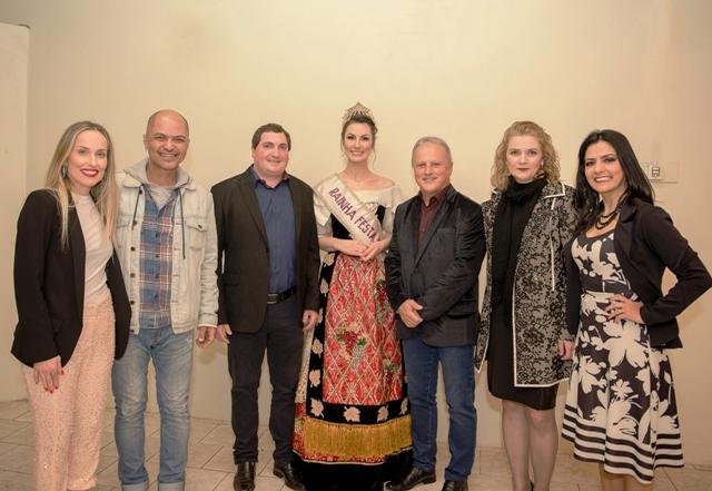 O corpo de jurados foi composto por Dani Conte, Pepe Pessoa, Ricardo Daneluz, Maiara Perottoni, Rudimar José Menegotto, Angela Polez e Marisol Santos