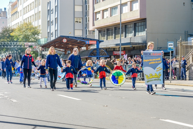 Desfile 7 de Setembro - 3905 - setembro 07, 2018 - Adriano Chaves