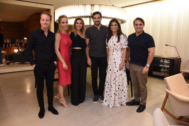 Jader, Clarissa Alves, Thayanne Flor, Bruno Macedo, Erika e Renato Rapos...