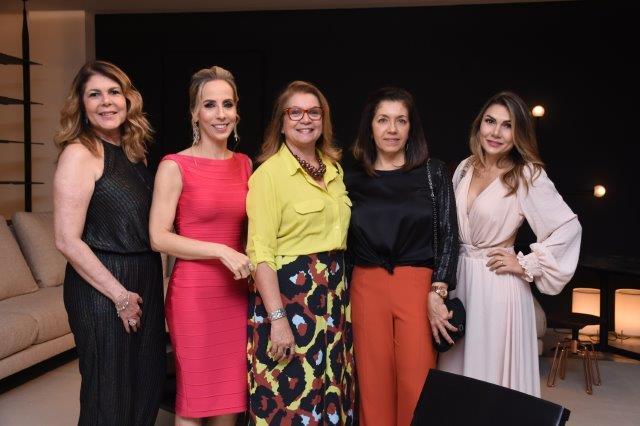 Janice Costa, Clarissa Alves, Ana Mirian, Vera Lucia, Joyce Stella
