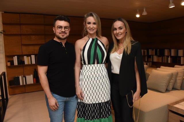 Thyago Dantas, Flavia Furtado, Adriana Melo